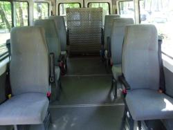 Spezialfahrzeug für bis zu 5 Rollis und 3 Sitzplätzen